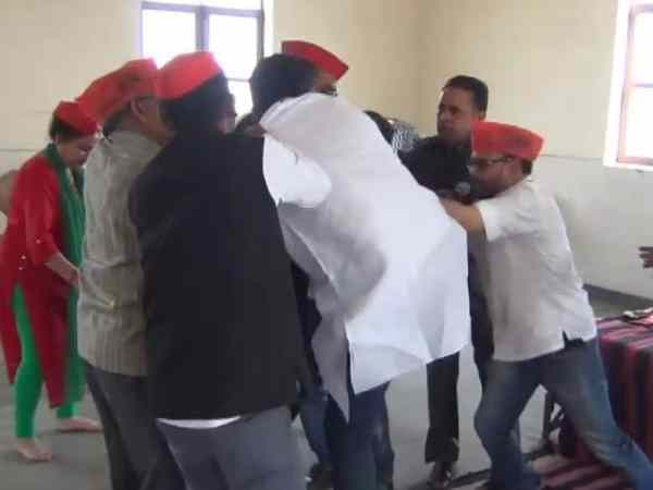 SP workers clash over Fuspur-Gorakhpur victory in meerut