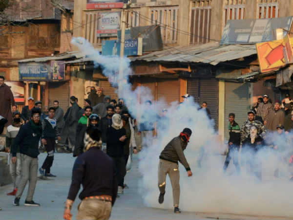 shopian-firing-major-aditya.jpg