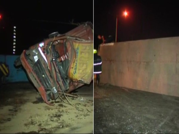 Maharashtra: truck accident Western Express highway in Mumbai