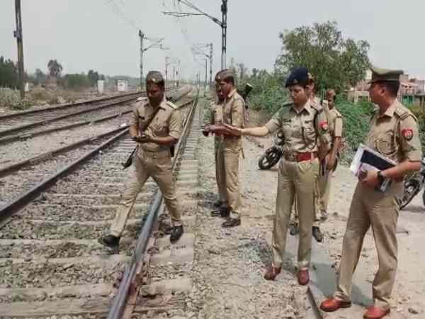 amrapali express train accident in unnao