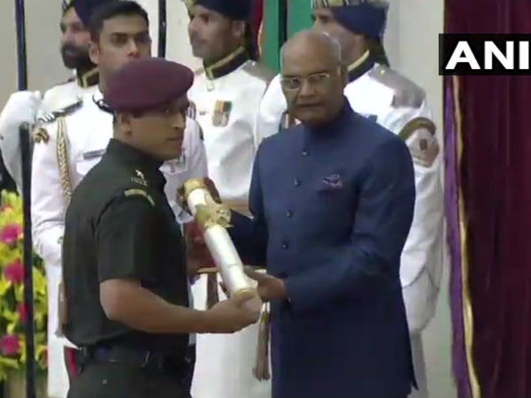 Cricketer Mahendra Singh Dhoni receives Padma Bhushan at Rashtrapati Bhawan in Delhi