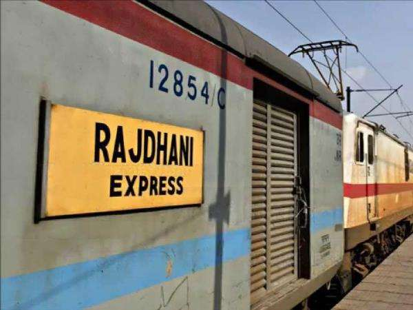 A jerk-free ride on trains soon: Couplers that join coaches to be replaced in Rajdhani, Shatabdi