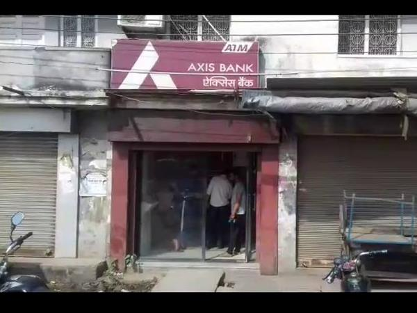 baghpat is suffering from cash crisis ATMs are empty there in uttar pradesh.