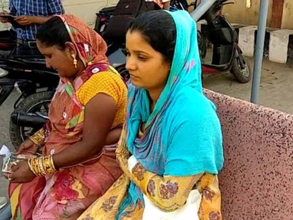 A bride waited for groom but barat did not reach in Mainpuri