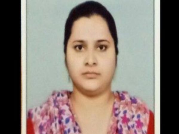 success story of noorjahan lower sub ordinate exam topper 2015