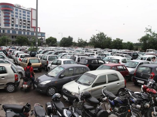 Delhi Metro hikes parking charges for vehicles in parking of metro premises