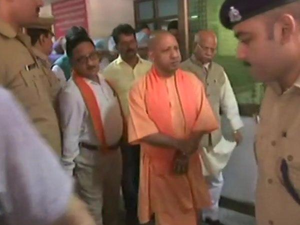 Image result for कुशीनगर हादसे पर सीएम योगी ने लिया कड़ा फैसला
