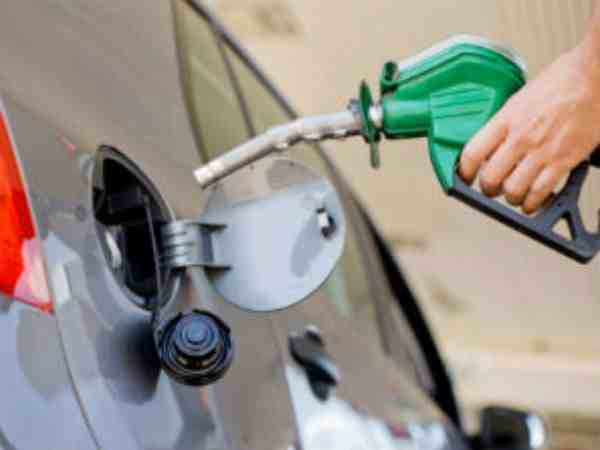 Petrol and Diesel Prices Likely To Increase By Rs 4 Per Litre