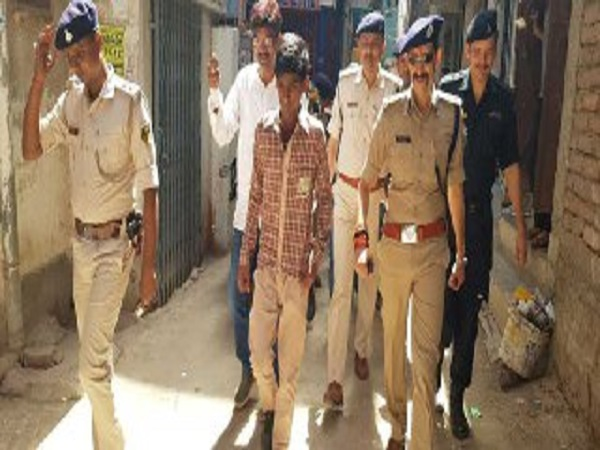 patna police nabbed kidnappers who were demanding ransom money of 60 lakh to return the child