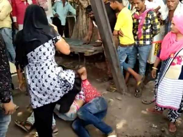 A man beaten by son wife and daughter in Agra