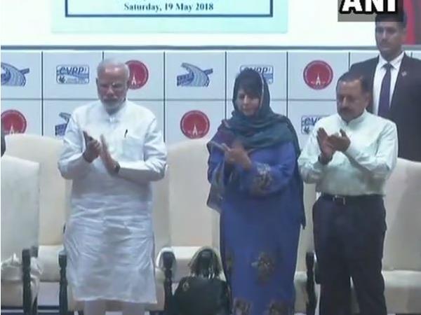 जम्मू कश्मीर: पीएम मोदी ने पाकल दुल हाईड्रो प्रोजेक्ट का किया शिलान्यास, बिजली से जगमगाएगी घाटी, लोगों को मिलेगा रोजगार