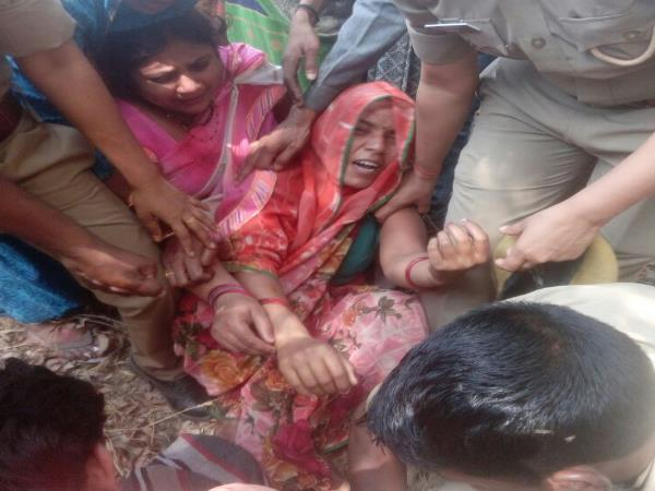 Fathers minor daughter murdered in Sultanpur