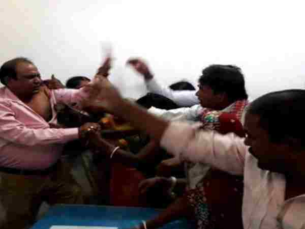 Villagers enter office and beat BDO in bihar