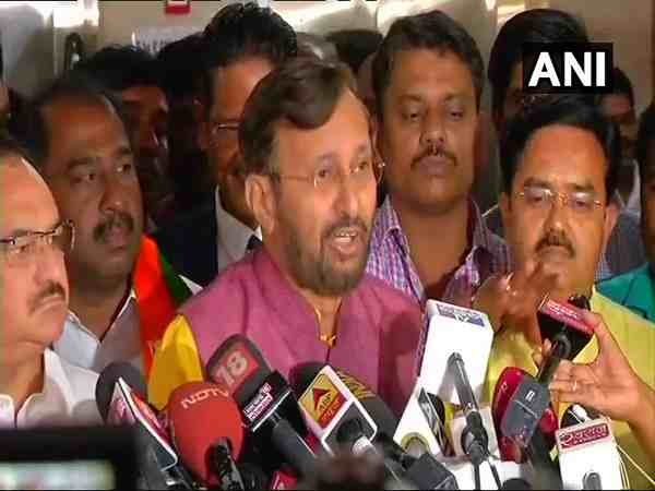 Karnataka BJP In-charge Prakash Javadekar on HD Kumaraswamys horse-trading allegations