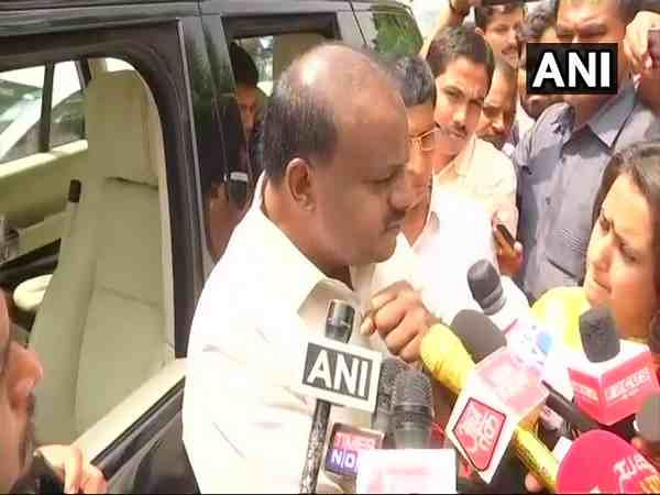 karnataka Governor has misused his office says hd kumaraswamy