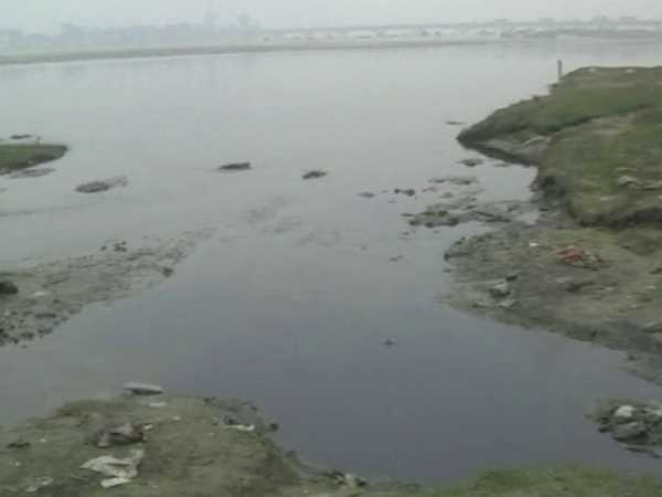 Dirty Ganga in Farrukhabad waiting to be cleaned