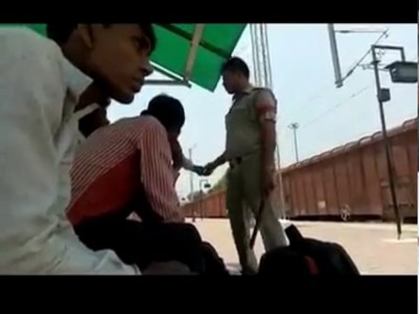GRP soldiers video viral during recovering illegally from passengers at manikpur railway station