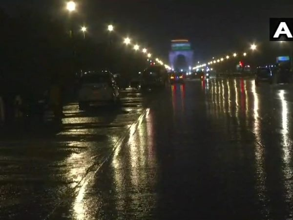 delhi,weather, weather report, weather, rain lashes delhi, rain