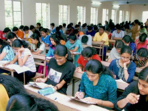 Tamil Nadu government announces train tickets and assistance for NEET students