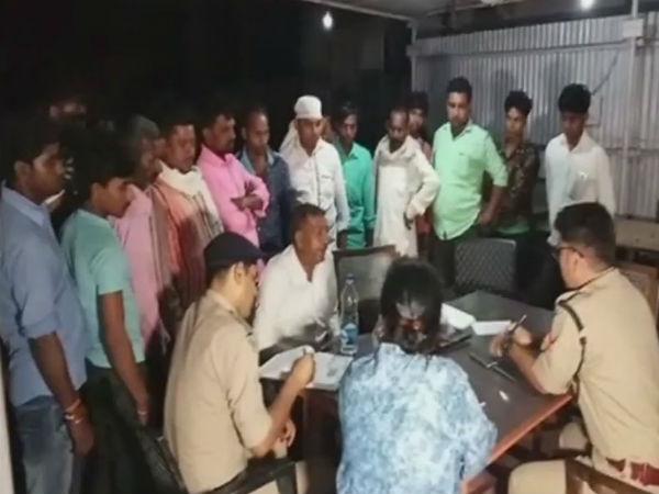 Samajwadi Party Leader His Guard Shot Death In Rampur Uttar Pradesh