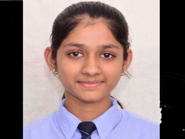 shamli student cbse topper nandini got 499 marks out of 500