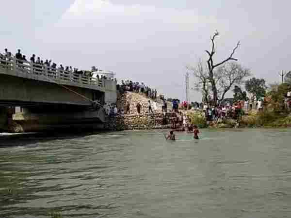 Three Students Drown River Saharanpur