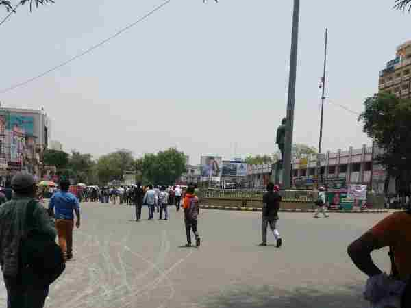 Students are protesting in Allahabad against SSC scam