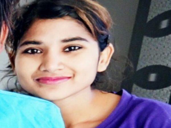 Raebareli Girl Commited Suicide Salon