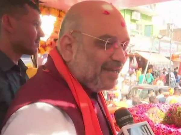 Karnataka Elections BJP Amit Shah roadshow in Bengaluru attacks Congress JDS