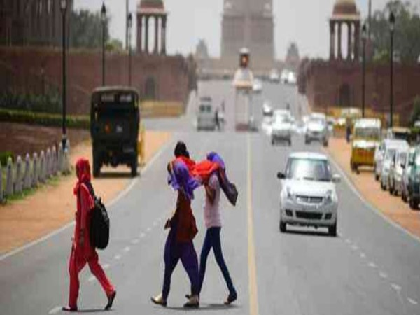 weather department warning Delhi temperature could touch 44 degrees