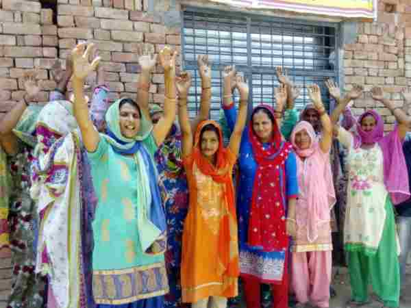 Women locked the shop of wine in Sambhal