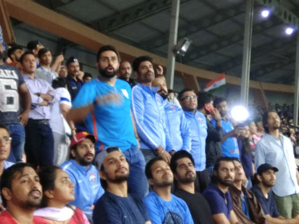 Abhishek Bachchan turns up to watch Sunil Chhetri's football match