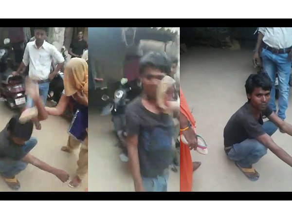 womens in Mathura beats up a boy for harassing them