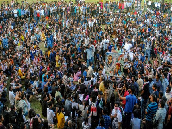 दलित संगठनों ने सरकार को 30 अगस्त तक का दिया वक्त, संयुक्त सचिव स्तर पर नियुक्तियों को लेकर आपत्ति
