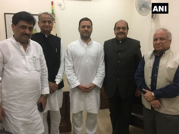 Retired High Court judge Abhay Thipsay joins Congress, Rahul Gandhi, judge Abhay Thipsay joins Congress, Abhay Thipsay, Congress