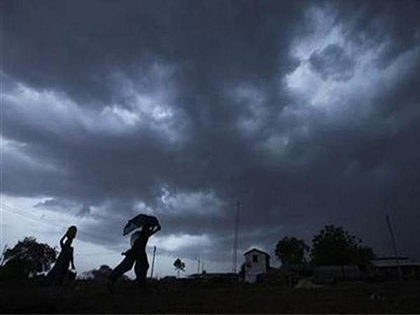 Thunderstorm Accompanied With Rain Dust Expected Several Districts Uttar Pradesh