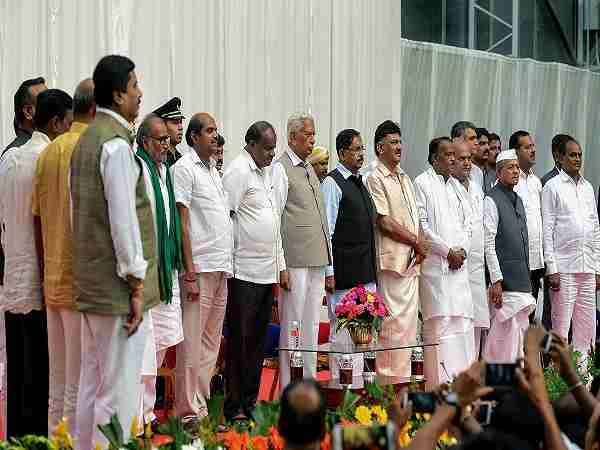 Karnataka: Congress plans to rotate ministers to placate dissidents in kumaraswamy cabinet