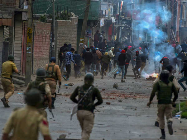srinagar-crpf-youth-dies.jpg