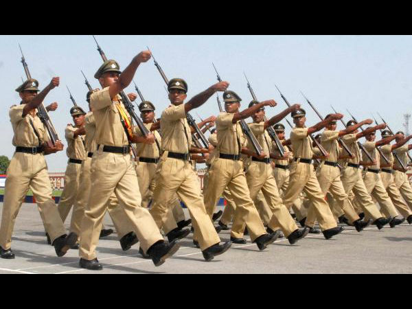 133 of 136 IPS-officers fail exams, but still in service