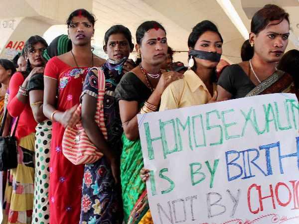 <strong>इसे भी पढ़ें:- #Article377: याचिकाकर्ता के वकील बोले- भारतीय संस्कृति में समलैंगिकता नया नहीं है </strong>