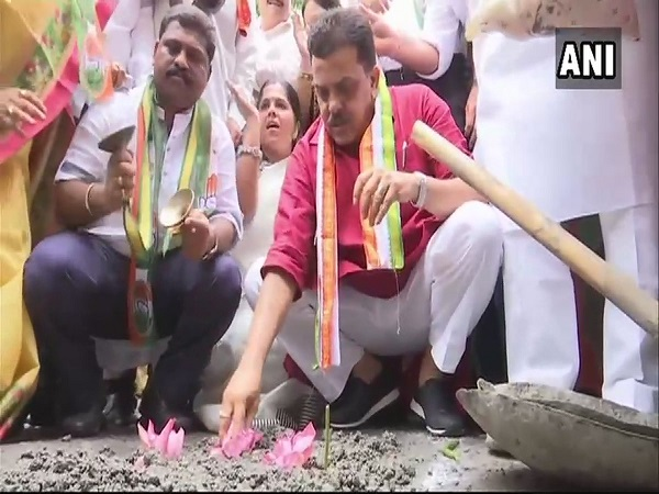 mumbai rains: Congress Launches Campaign To Count Potholes In City