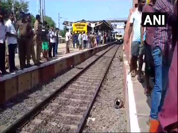chennai 4 passengers on a local train died, 10 injured after being hit by iron poles