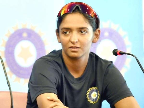 punjab governemt sacked cricketer harmanpreet kaur from DSP post