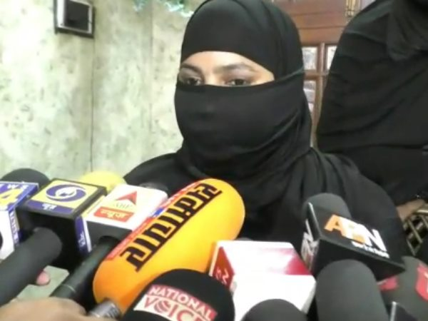 bareilly husband gave her wife triple talaq now forced her to do halala with his younger brother