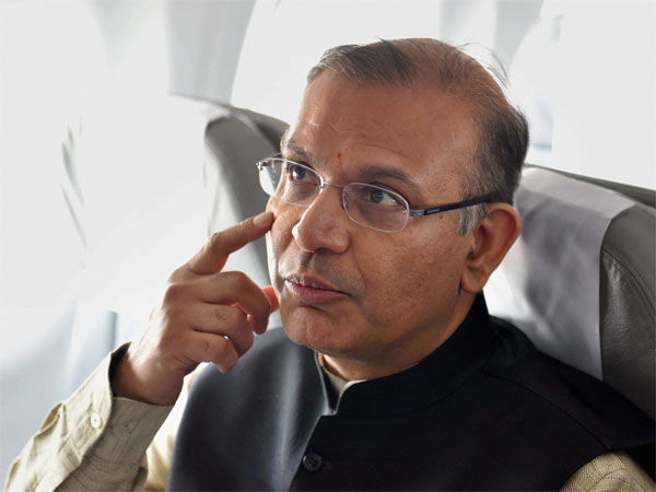 Union minister Jayant Sinha express regret for feting lynching convicts