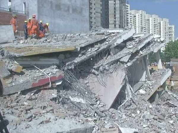 building collapse in greater noida