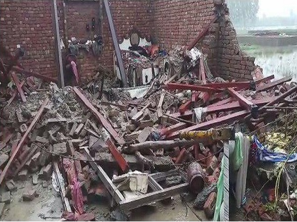 house collapsed due to heavy in saharanpur, 6 dead