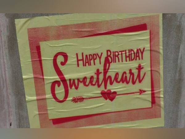 lover sticks poster of happy birthday sweetheart to all over banaras