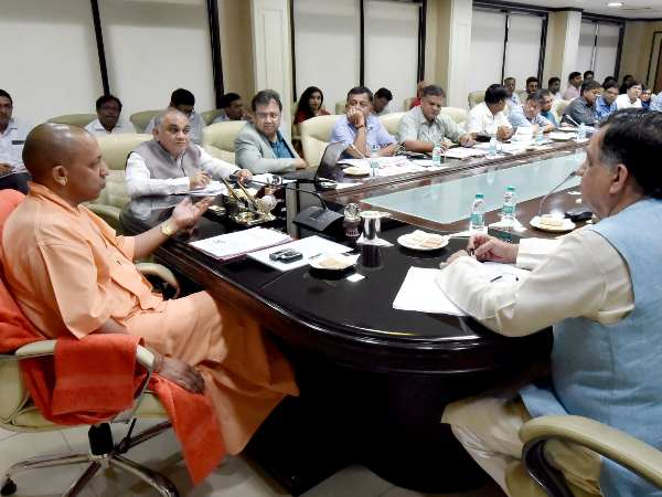 yogi adityanath meeting for UP Investors Summit 2018 invest project