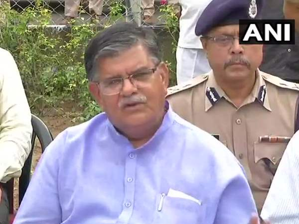 Alwar lynching Rajasthan Home Minister Gulab Chand Kataria says Victim may died in police custody